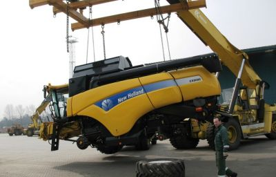 New Holland delivery from Zeebruge (B) to Russia